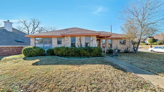 Photo 1 of 22 - 1931 Timberline Cir, Duncanville, TX 75137