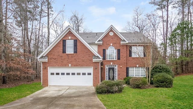Photo 1 of 28 - 2765 Superior Dr, Dacula, GA 30019