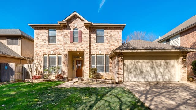 Photo 1 of 31 - 7437 Los Padres Trl, Fort Worth, TX 76137