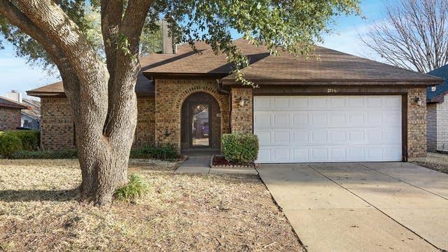 Photo 1 of 31 - 2716 Poplar Spring Rd, Fort Worth, TX 76123