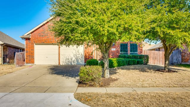 Photo 1 of 27 - 4832 Bluecap Ct, Mesquite, TX 75181