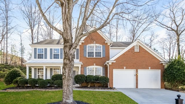 Photo 1 of 26 - 325 Chichester Ct, Alpharetta, GA 30005