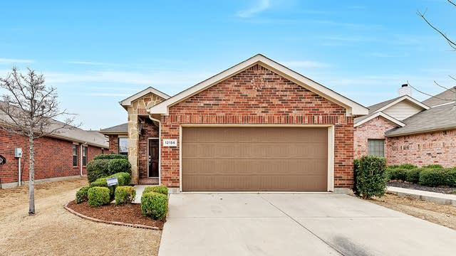 Photo 1 of 26 - 12156 Walden Wood Dr, Fort Worth, TX 76244