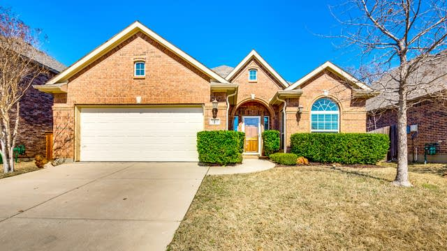 Photo 1 of 30 - 7109 Bishop Pine Rd, Denton, TX 76208