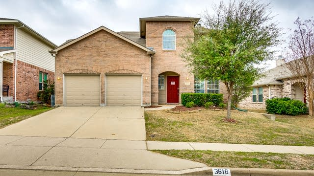 Photo 1 of 30 - 3616 Hudgins Ranch Rd, Roanoke, TX 76262