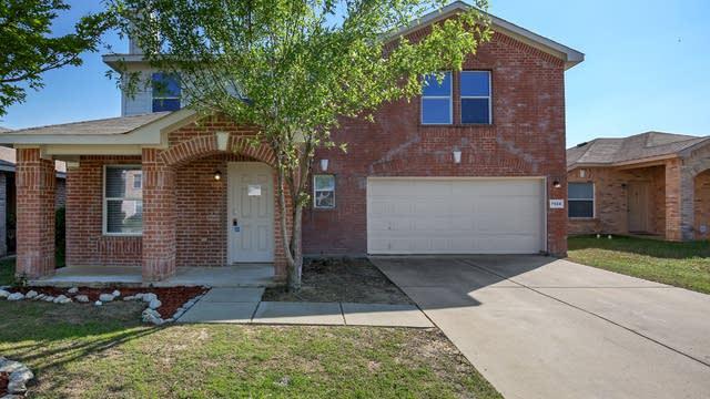 Photo 1 of 27 - 7924 Hidden Brook Dr, Fort Worth, TX 76120