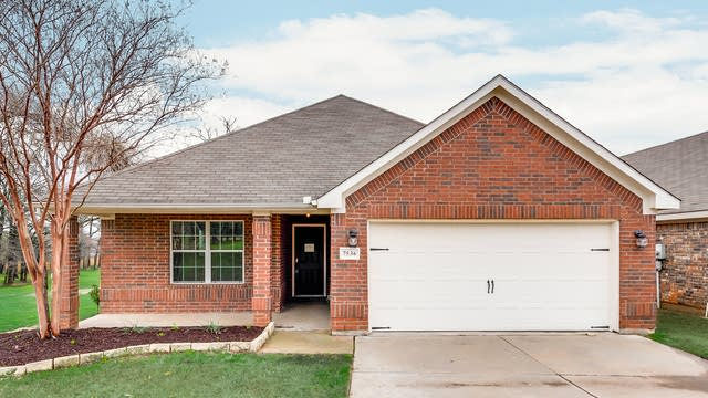Photo 1 of 29 - 7536 Somervell St, Fort Worth, TX 76120
