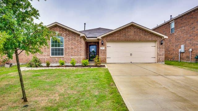 Photo 1 of 26 - 2115 Juniper Dr, Forney, TX 75126