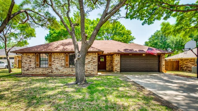 Photo 1 of 27 - 2520 Sunshine Ct, Bedford, TX 76021