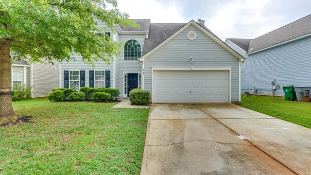 Photo 1 of 22 - 5731 Twin Brook Dr, Charlotte, NC 28269