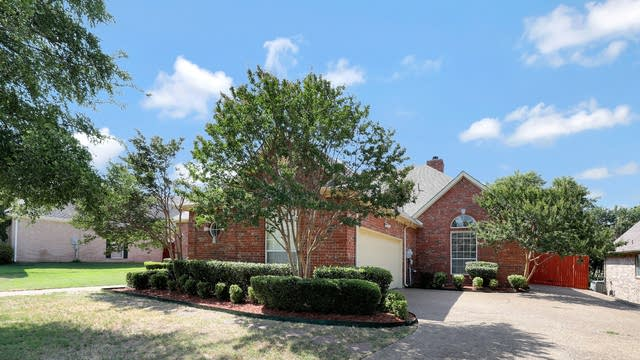 Photo 1 of 25 - 2928 Fairway Dr, Cedar Hill, TX 75104