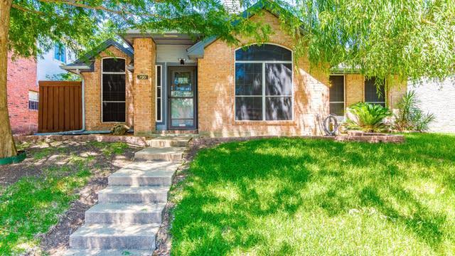 Photo 1 of 29 - 720 Ridgemont Dr, Allen, TX 75002