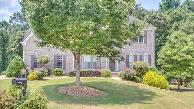 Photo 1 of 33 - 2388 Scotney Castle Ln, Powder Springs, GA 30127