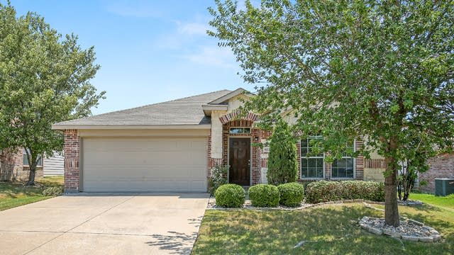 Photo 1 of 25 - 9224 Turtle Pass, Fort Worth, TX 76131
