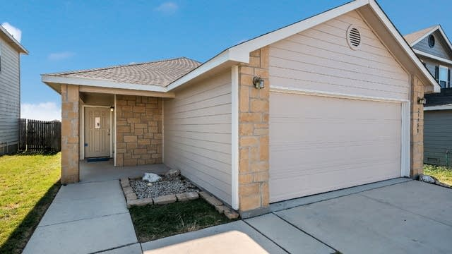 Photo 1 of 25 - 25351 Colt Riv, San Antonio, TX 78261