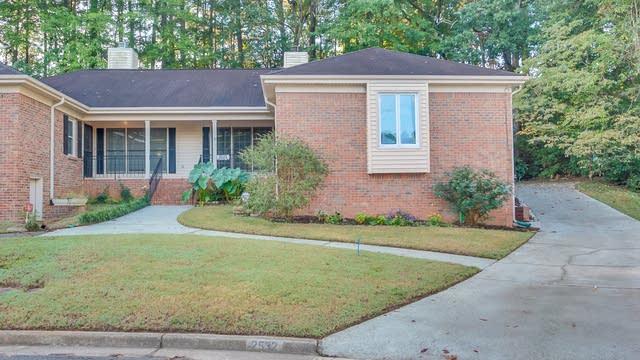 Photo 1 of 22 - 2532 Leeshire Rd, Tucker, GA 30084