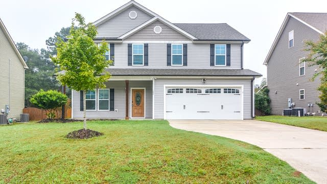 Photo 1 of 20 - 102 Bonterra Dr, Youngsville, NC 27596