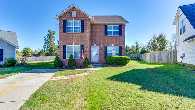 Photo 1 of 16 - 5802 Autumn Trace Ln, Indian Trail, NC 28079