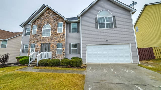 Photo 1 of 27 - 1836 Wilson Manor Cir, Lawrenceville, GA 30045