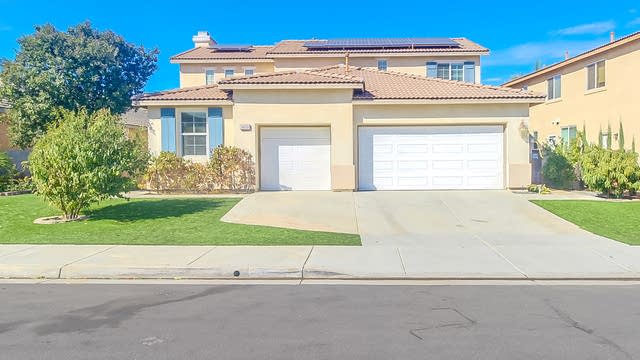 Photo 1 of 19 - 36219 Joltaire Way, Winchester, CA 92596