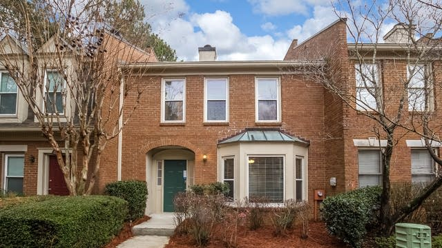 Photo 1 of 27 - 4144 Crape Myrtle Ln, Duluth, GA 30096