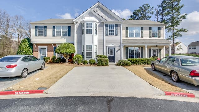 Photo 1 of 27 - 1760 Stanwood Dr NW, Kennesaw, GA 30152