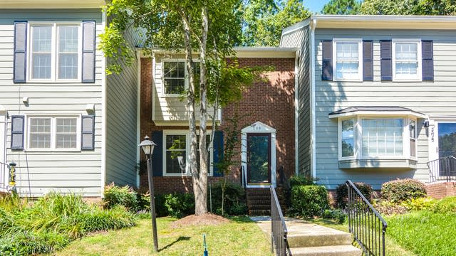 Photo 1 of 13 - 208 Bay Dr, Cary, NC 27511