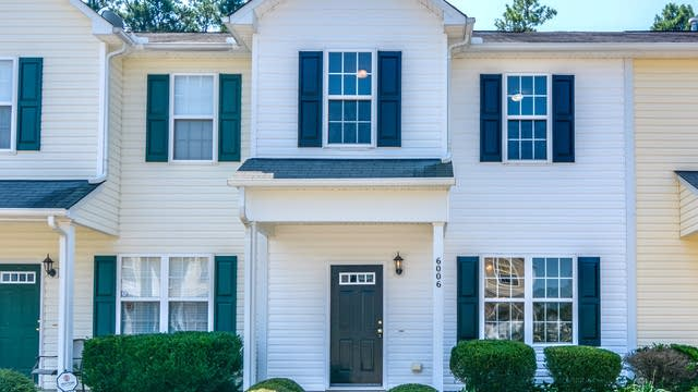 Photo 1 of 19 - 6006 San Marcos Way, Raleigh, NC 27616