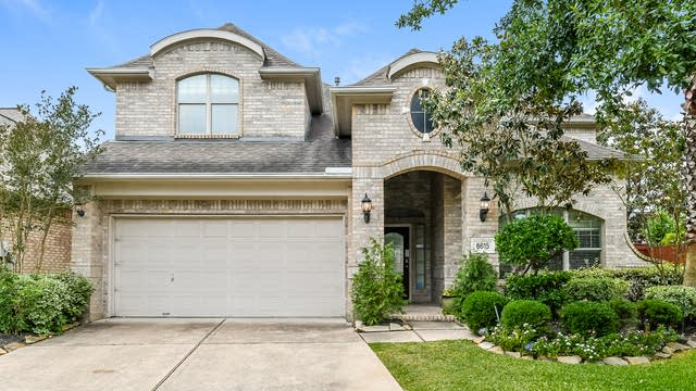 Photo 1 of 25 - 6615 Redberry Glen Ln, Houston, TX 77041