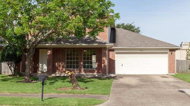 Photo 1 of 17 - 23011 Powell House Ln, Katy, TX 77449