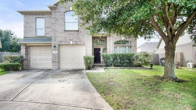Photo 1 of 17 - 12106 Piney Way Ct, Tomball, TX 77375