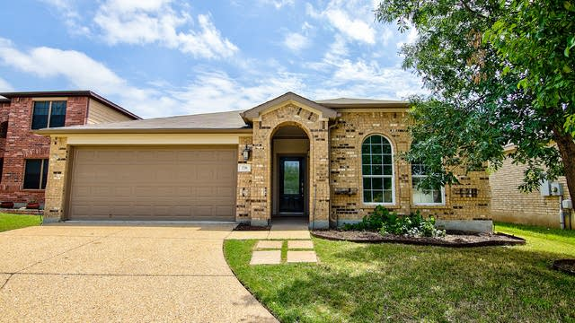 Photo 1 of 28 - 776 Kingfisher Ln, Leander, TX 78641