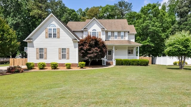 Photo 1 of 25 - 328 Cattle Farm Dr, Raleigh, NC 27603