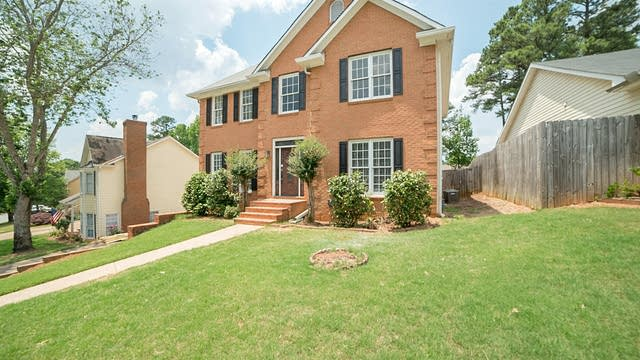 Photo 1 of 18 - 372 Clarion Rd, Lawrenceville, GA 30043