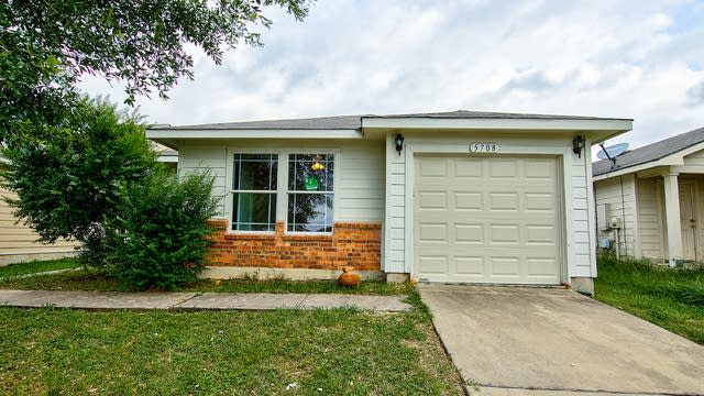 Photo 1 of 24 - 5708 Angel Dr, Austin, TX 78617