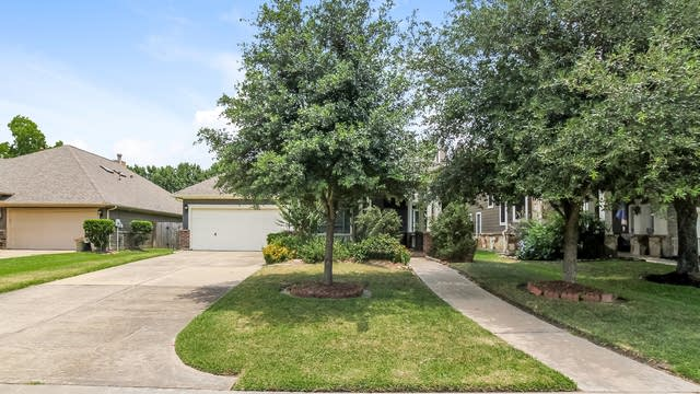 Photo 1 of 21 - 13702 Cardinal Flowers Dr, Cypress, TX 77429