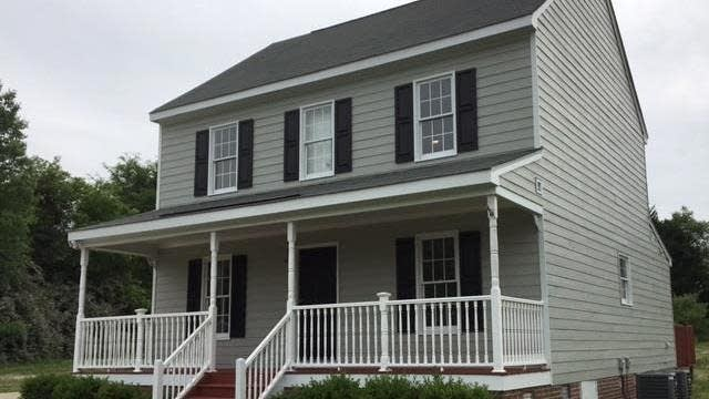 Photo 1 of 9 - 104 Derby Pl, Youngsville, NC 27596