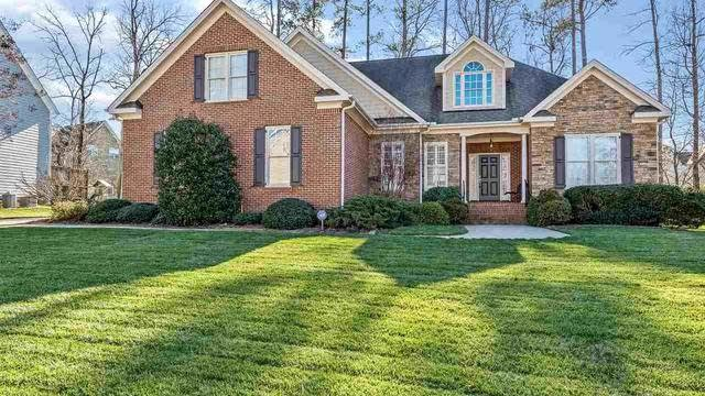 Photo 1 of 25 - 7913 Pine Timber Dr, Raleigh, NC 27613