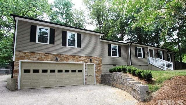 Photo 1 of 25 - 8704 Chesley Ct, Raleigh, NC 27613