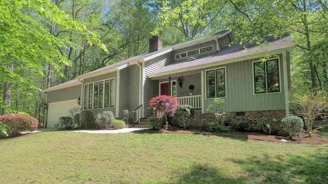 Photo 1 of 30 - 2825 Patrie Pl, Raleigh, NC 27613