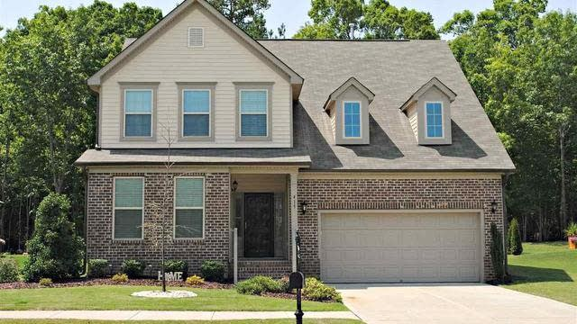 Photo 1 of 29 - 415 Clubhouse Dr, Youngsville, NC 27596