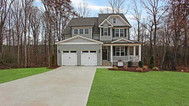 Photo 1 of 30 - 100 Oxer Dr, Youngsville, NC 27596