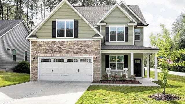 Photo 1 of 30 - 113 Bonterra Dr, Youngsville, NC 27596