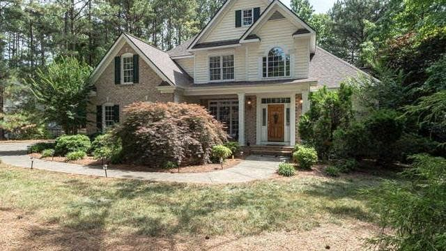 Photo 1 of 30 - 35 Chesterfield Ct, Youngsville, NC 27596