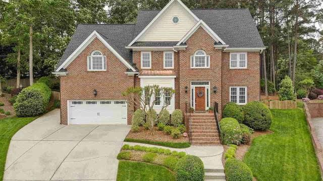 Photo 1 of 30 - 5200 Tallowtree Dr, Raleigh, NC 27613