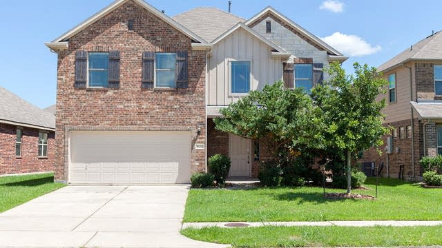 Photo 1 of 21 - 4715 Sheila Dr, Baytown, TX 77521