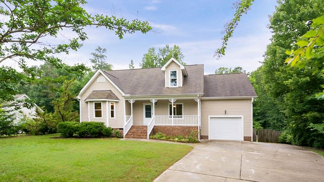 Photo 1 of 20 - 405 Eagle Stone Rdg, Youngsville, NC 27596