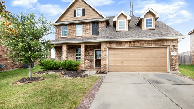 Photo 1 of 17 - 3307 Elk Ridge Ln, Katy, TX 77494