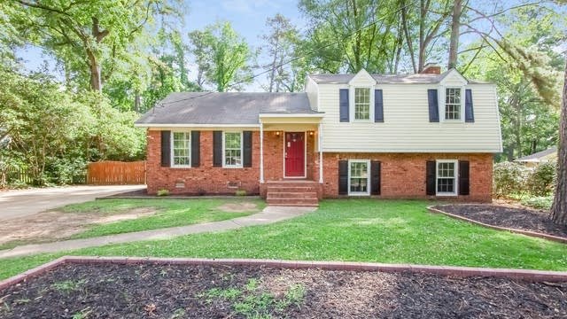 Photo 1 of 25 - 1604 Brooklyn Rd, Apex, NC 27502