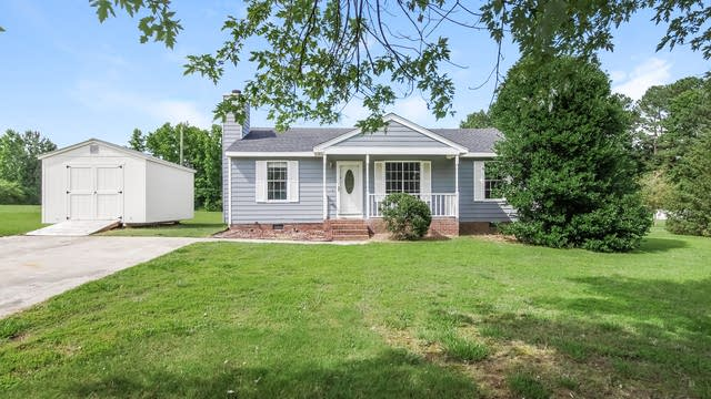 Photo 1 of 25 - 165 Kent St, Youngsville, NC 27596